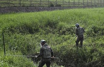 Kore sınırları mayından temizleniyor