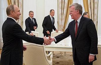 Nükleer anlaşma tehdidi sonrası Trump'ın güvenlik danışmanı Rusya'da