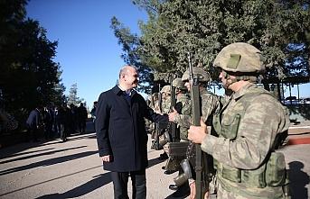Süleyman Soylu Suriye sınırında