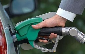 Benzin fiyatında yeni indirim