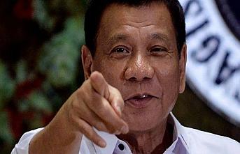 Duterte'den Güney Çin Denizi uyarısı