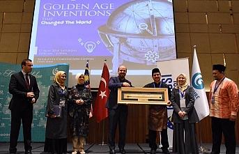 Enver İbrahim Türkiye ile kültür köprüsü kurdu