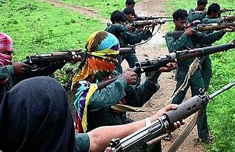 Hindistan'da Maocu isyancılardan saldırı