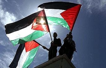 İngiltere'nin Filistin'i tanıması için ilk adım atıldı