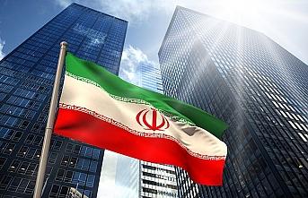 Trump: İran'a yaptırımda yavaş hareket edeceğim