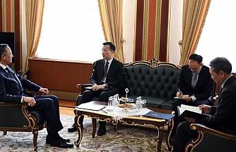 Kazakistan Çin'deki etnik Kazakların durumunu görüştü