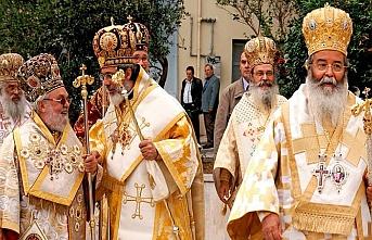 Rahipler devlet memurluğundan çıkarılacak