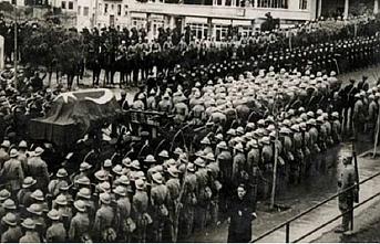TARİHTE BUGÜN (10 Kasım): Mustafa Kemal Atatürk hayatını kaybetti