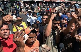 Venezuelalıların taşındığı kamp karıştı