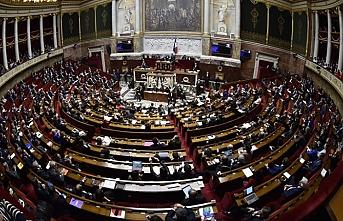 3 Parti Macron'a karşı birleşti
