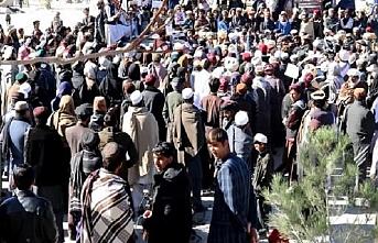 Afganistan'da, Peştunlardan ABD ve Hükümet karşıtı gösteri