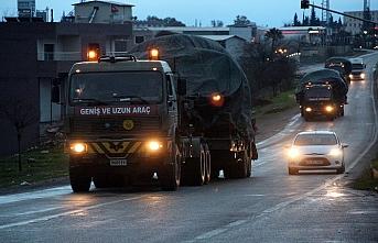 Askeri araçlar Suriye sınırına hareket etti