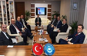 Bakan Selçuk'tan Türk Eğitim-Sen'e ziyaret