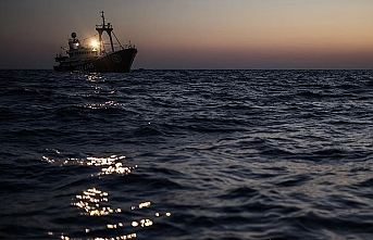 BMMYK: 49 mülteciyi taşıyan gemilere limanları açın