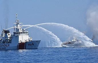 Ege'de iki gemi çarpıştı