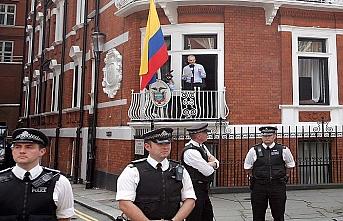 Ekvador Wikileaks kurucusundan kurtulmaya mı çalışıyor?