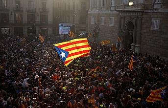 Eski Katalonya Başkanı'nın cezasına indirim