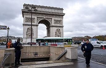 Fransa'da olağanüstü önlemler... Paris'te hayat duracak
