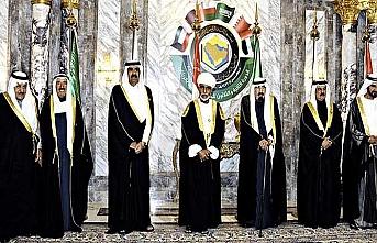 Katar'dan Bahreyn'e zirve cevabı