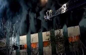 Maltepe'de fabrika yangını