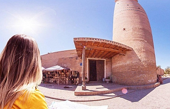Özbekistan'a gidenlerin yarısı akraba ziyareti