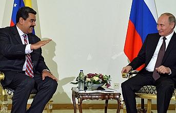 Putin'le Maduro yardım konusunu görüşecek