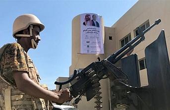 """""""S.Arabistan Yemen'de savaşması için Darfurdan çocuk satın alıyor"""" iddiası"""