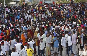 Somalililer cumhurbaşkanına sahip çıktı