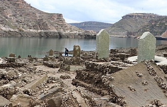 Sular çekilince Peygamber mezarının yeri ortaya çıktı