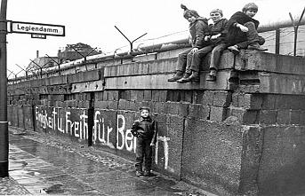 TARİHTE BUGÜN (5 Aralık): Berlin resmen ikiye ayrıldı