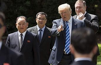 Trump Kim'le görüşecek