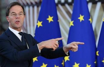 'AB Komisyonu İtalya'ya karşı harekete geçmiyor'
