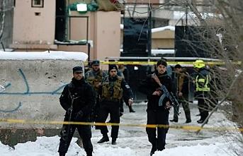 Afgan korucuları ve Taliban arasında çatışma, 21 ölü