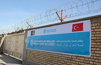 Afganistan'da 3 okul daha TMV'ye devredildi