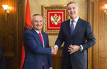 Arnavutluk Cumhurbaşkanı Meta'dan komşu Karadağ'a ziyaret