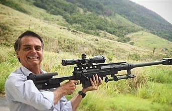 Bolsonaro kolay silah alınsın diye kararname imzaladı