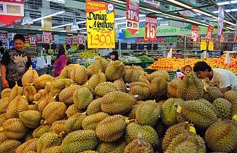 Endonezya'da duryan meyvesini fazla kaçıran adam öldü