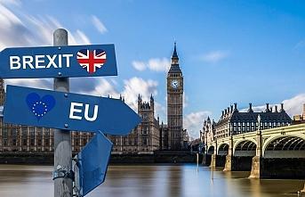 """Eski MI6 başkanından Brexit anlaşması için """"ulusal güvenlik"""" uyarısı"""