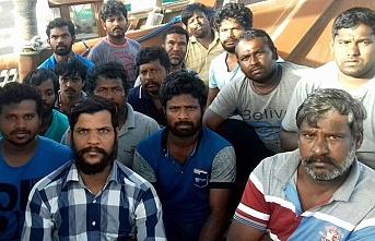 İran 15 Hint balıkçıyı serbest bıraktı