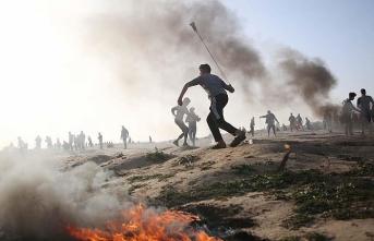İsrail askerleri Gazze sınırında 14 Filistinliyi yaraladı