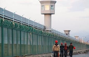Kırgız diplomatlar, Doğu Türkistan'ı ziyaret etti
