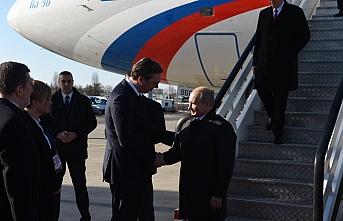 Putin Sırbistan'a ulaştı