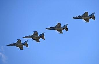 Rusya  Myanmar'a Yak-130  eğitim uçağını teslim etti