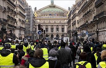 Sarı yeleklilerin öncü ismi Drouet 'izinsiz gösteri'den yargılanacak