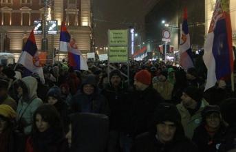 Sırbistan'da hükümet karşıtı protestolar devam ediyor