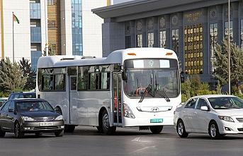 Türkmen öğrencileri tatillerde özel taksiden men edildi