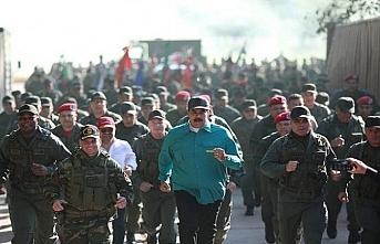Venezuela Devlet Başkanı'ndan askerlere birlik ve disiplin talimatı