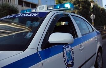 Yunanistan'da bir İngiliz casusluk suçlamasıyla gözaltında