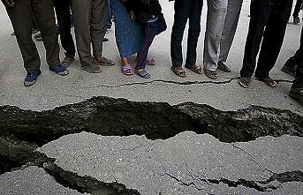 Afganistan-Pakistan sınırında 5,8 büyüklüğünde deprem