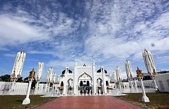 Endonezya İslami turizmde zirveyi hedefliyor